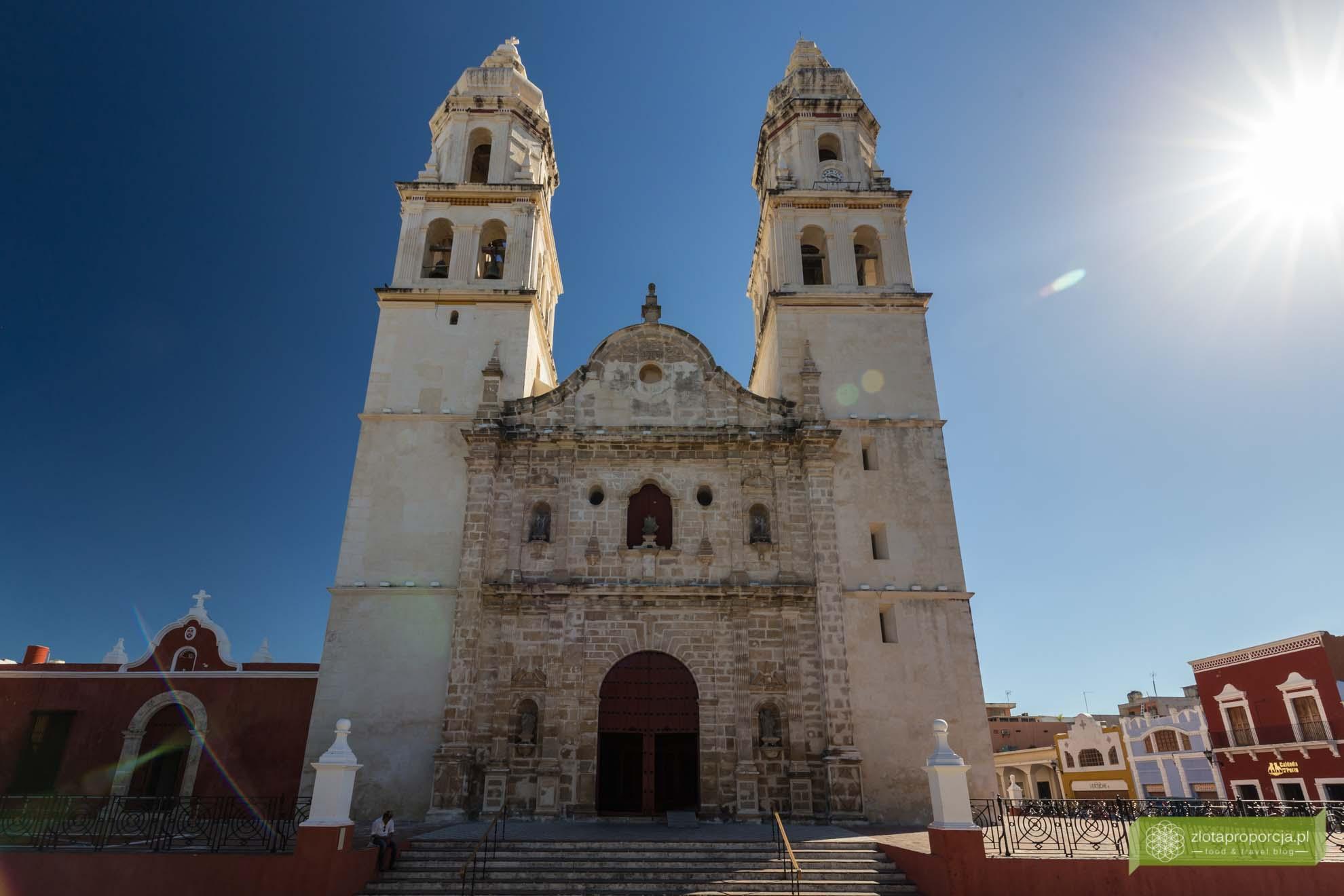 Campeche; Jukatan; Meksyk; starówka Campeche; Campeche Unesco, Meksyk Unesco; katedra Campeche; katedra w Campeche