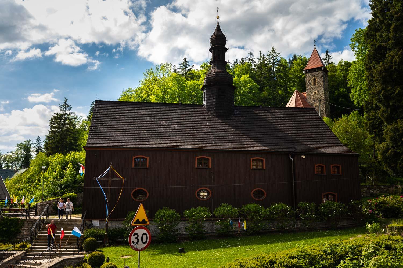 Międzygórze atrakcje; Kotlina Kłodzka; Międzygórze; wille w stylu tyrolskim; Międzygórze wille; Międzygórze architektura; kościół Międzygórze
